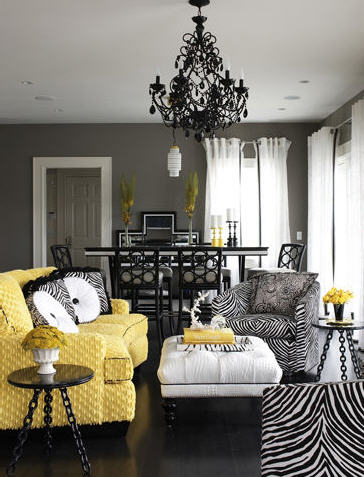 Amazing yellow living rooms for Pale yellow living room walls