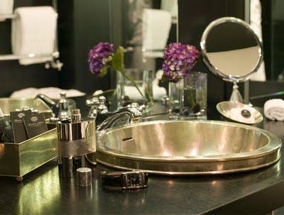 black bathroom interior design ideas 18