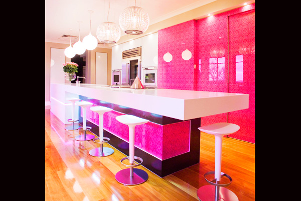 fuchsia gloss kitchen design