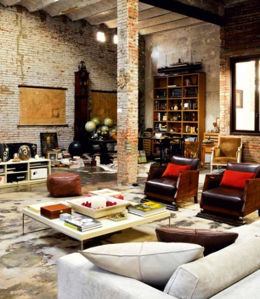 Modern Renovated Loft With Industrial Interior Design 3