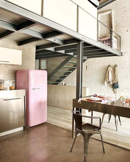 pink loft in barcelona 4