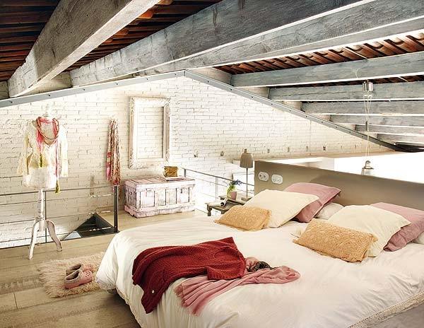 pink loft in barcelona 7