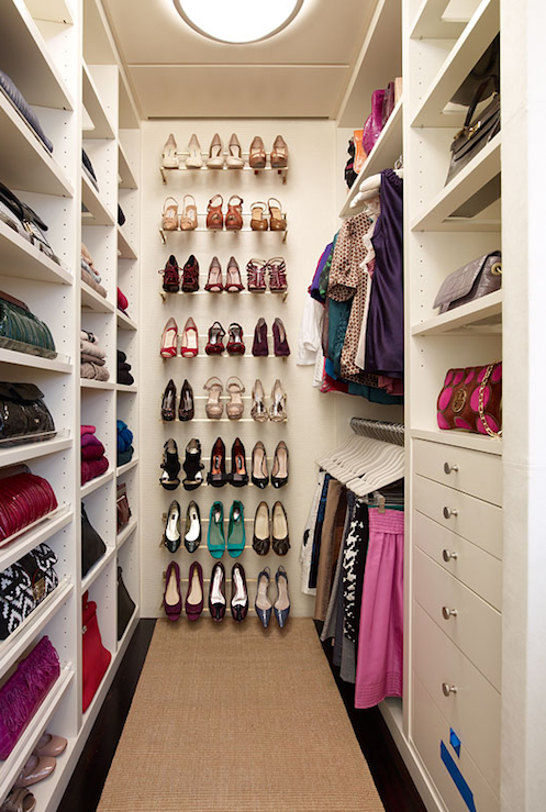 Unique and celebrity walk in closets decoholic for Walk in shoe closet