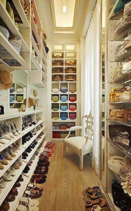 walk-in-closet-11png