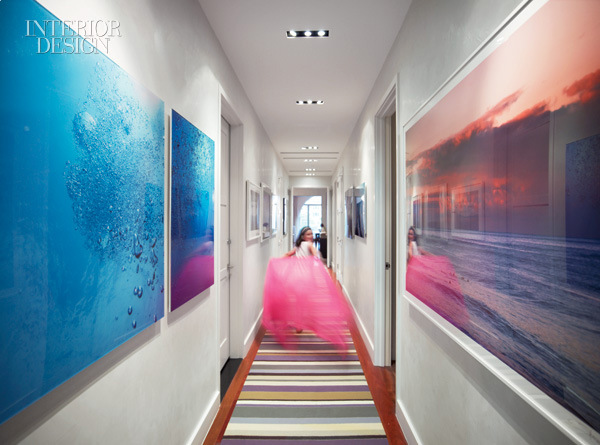 modern_paintings_in_hallway-in_the_central_hallway_of_a_new_york_apartment_by_betty_wasserman_art_interiors