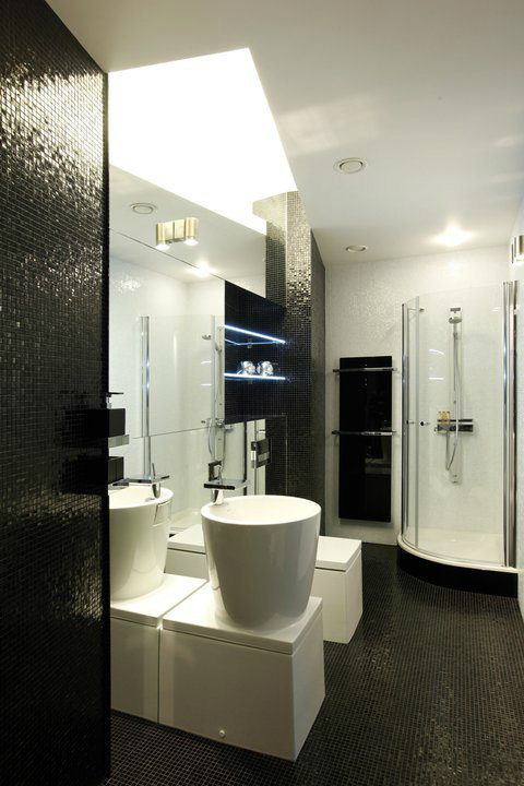 Black and White House by Geometrix interior Design 6