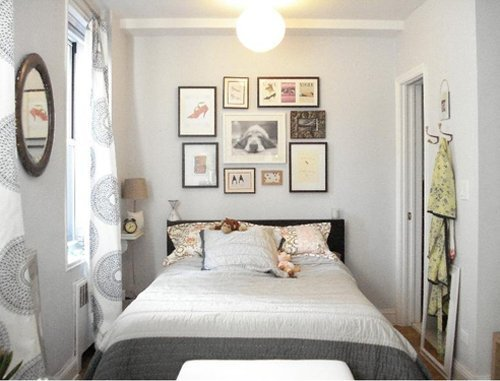25 awesome small bedroom decorating ideas designs for Very small apartment interior design