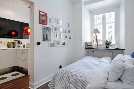 25 Awesome Small Bedroom Decorating Ideas-Designs on Very Small Bedroom Ideas  id=63450