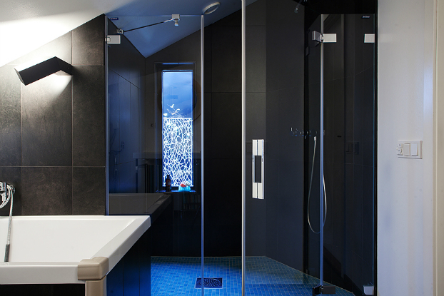 modern black bathroom decorating ideas