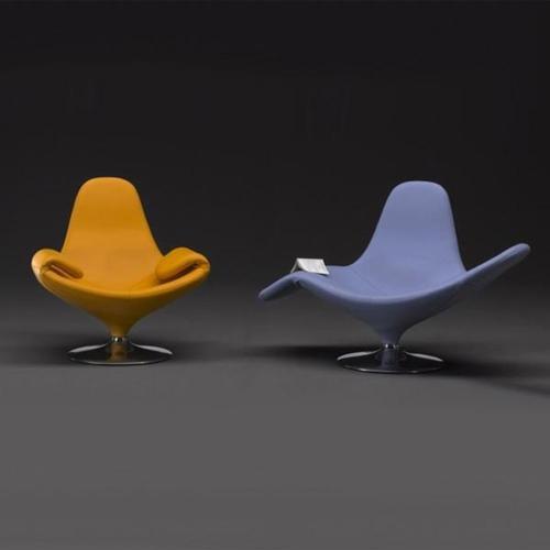 Stefano Giovannoni's Calla convertible armchair
