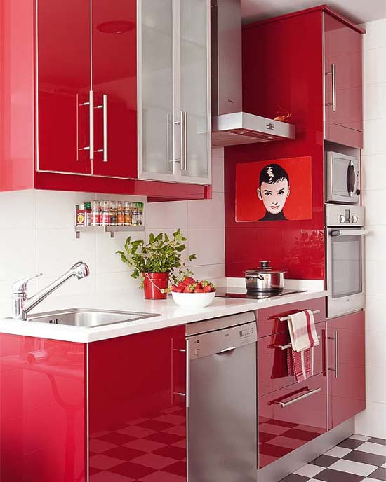 red kitchen in Apartment in Paris