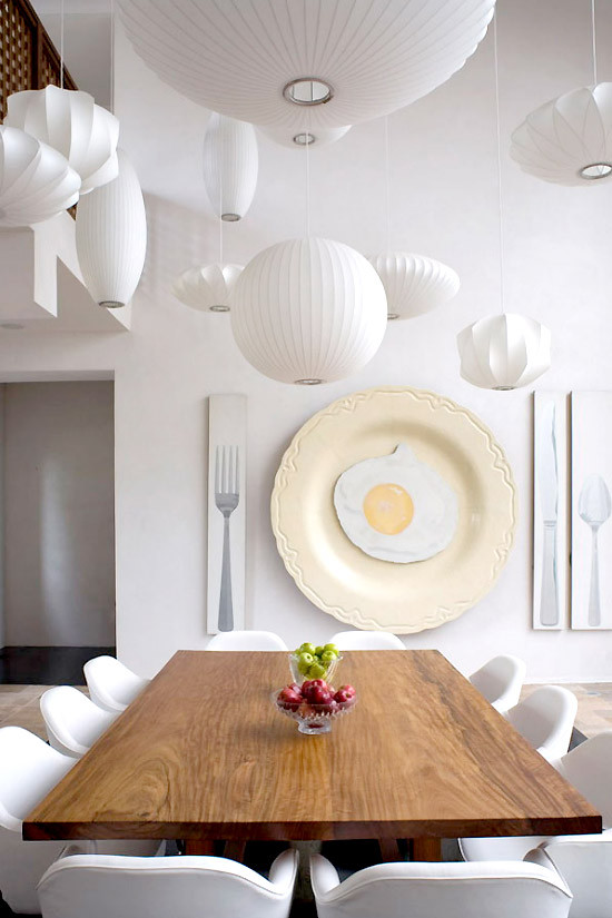 hamptons modern wall decoration in dining room