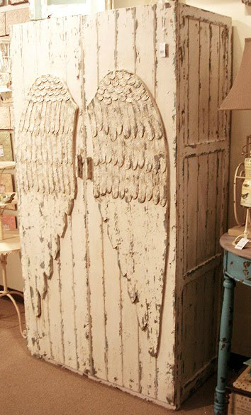 angel-wing-wardrobe