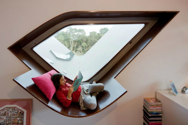 Awesome Window Lounge Bird House by Bernardo Rodrigue
