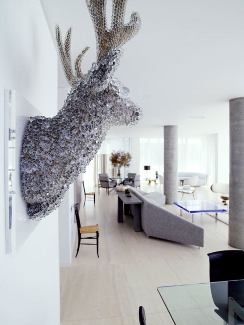 decorating silver deer head idea