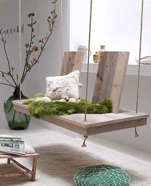 diy-wooden-swing-interior