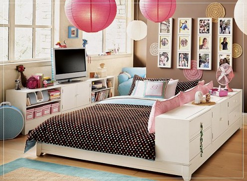 Bedroom on Bed In The Centre Design Ideas For Small Teenage Girls Room