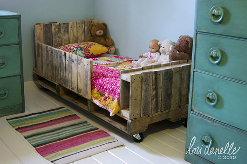 Beds Made by Pallets 11