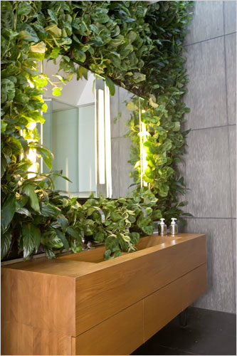 15 inspired by nature bathrooms with plants decoholic - Plant decorating ideas tasteful nature ...