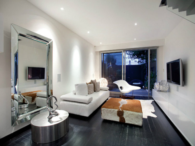 contemporary living room House by John Matyas