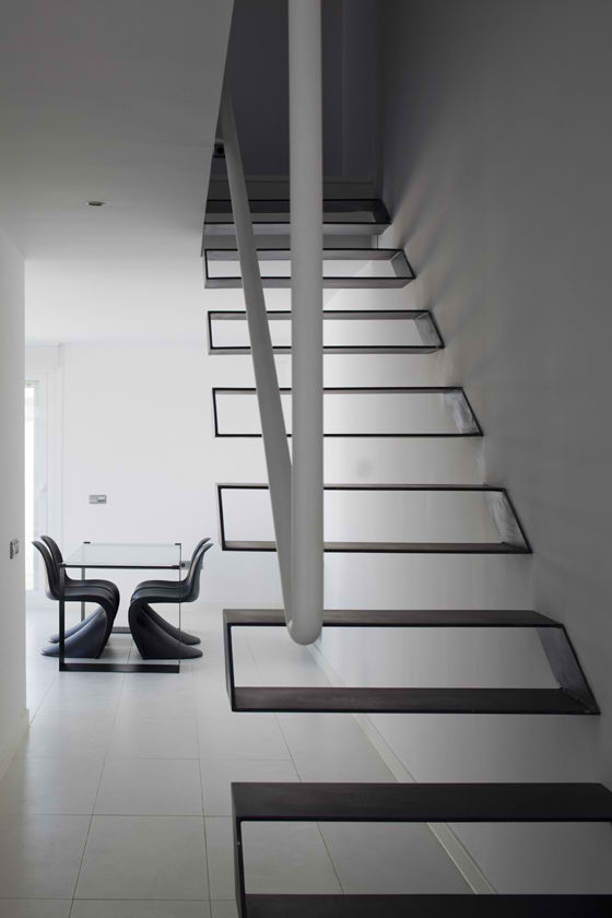 modern floating stairs design