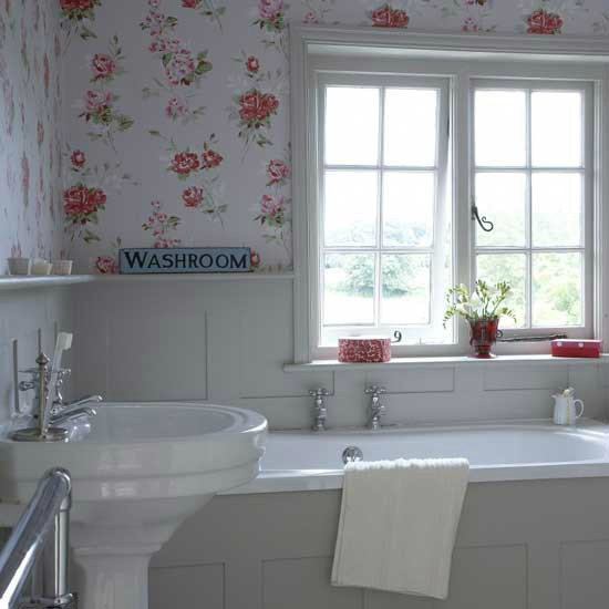 country romantic  Floral Bathrom Design Ideas