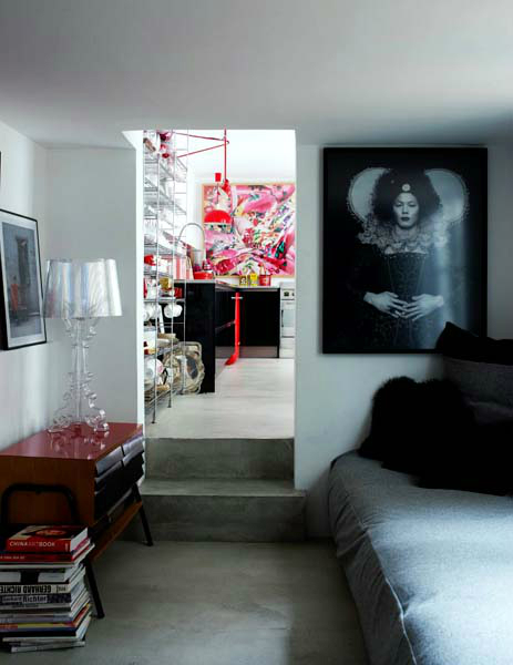 House With Great Contrasts By Josephine Interior Design Decoholic