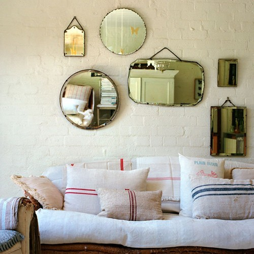 15 mirror decorating ideas decoholic for Miroir on the wall