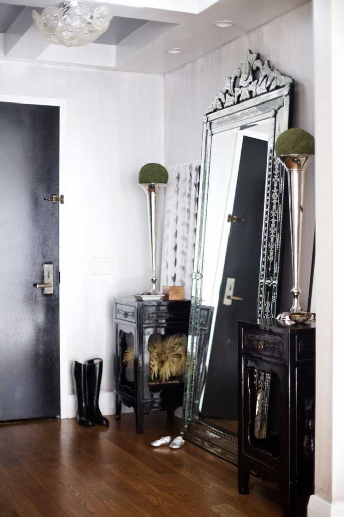 decorating ideas for mirror on the wall