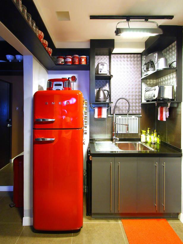 Kitchens with 50s style smeg fridge decoholic for Smeg kitchen designs