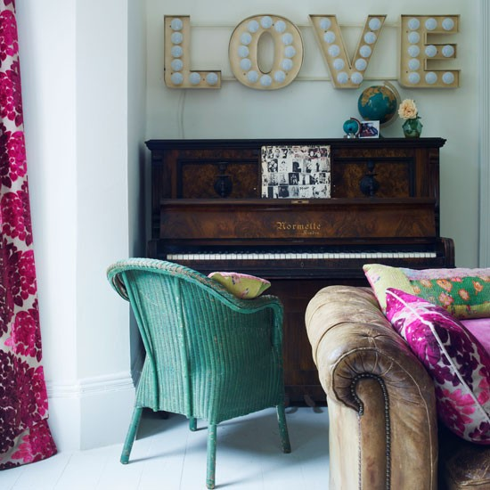 Vintage Green Living Room With Letters Love