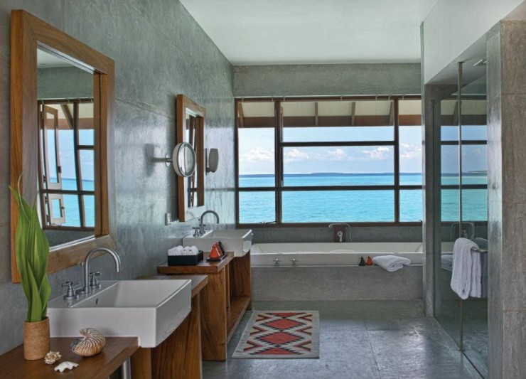 spectacular luxury Four Seasons bathrooms 8