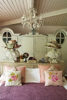 Vintage Bedrooms Inspiring Ideas 7