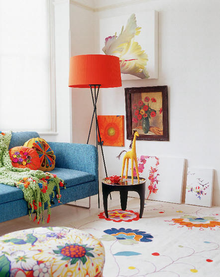bold colors in furniture