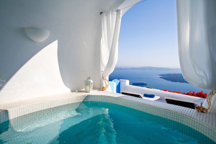 Dreams traditional luxury suites in greek island santorini for Design hotels griechenland
