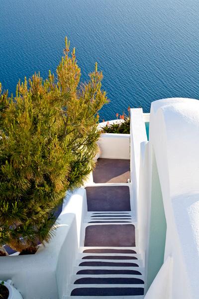 Dreams Traditional Luxury Suites in Greek Island Santorini   villa in greek island 17