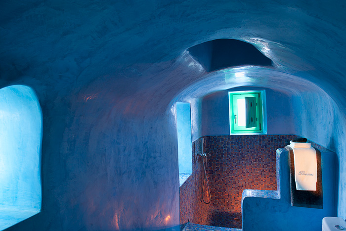 Dreams Traditional Luxury Suites in Greek Island Santorini   villa in greek island 2