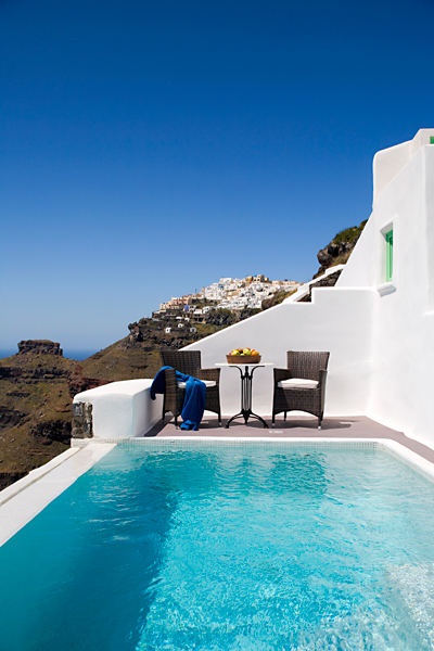 Dreams Traditional Luxury Suites in Greek Island Santorini   villa in greek island 22