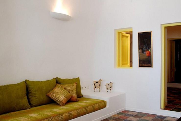 Dreams Traditional Luxury Suites in Greek Island Santorini   villa in greek island 32
