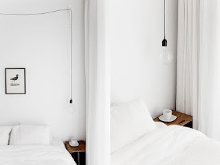 simple hanging bedside lamp