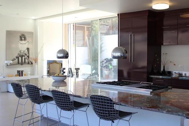 alexis modern kitchen