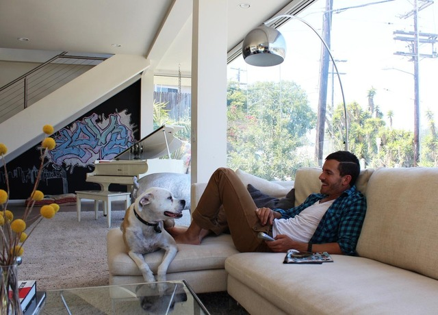 alexis modern living room 2
