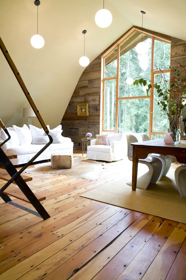 Old Barn Turned Into Amazing House By