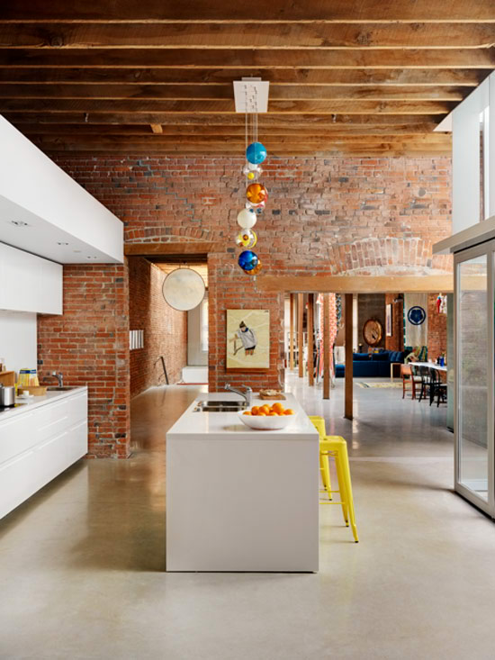 Very Best White Kitchen with Red Brick Wall 550 x 733 · 82 kB · jpeg