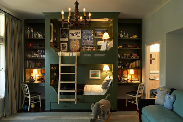 amaziing kids room with bunk beds