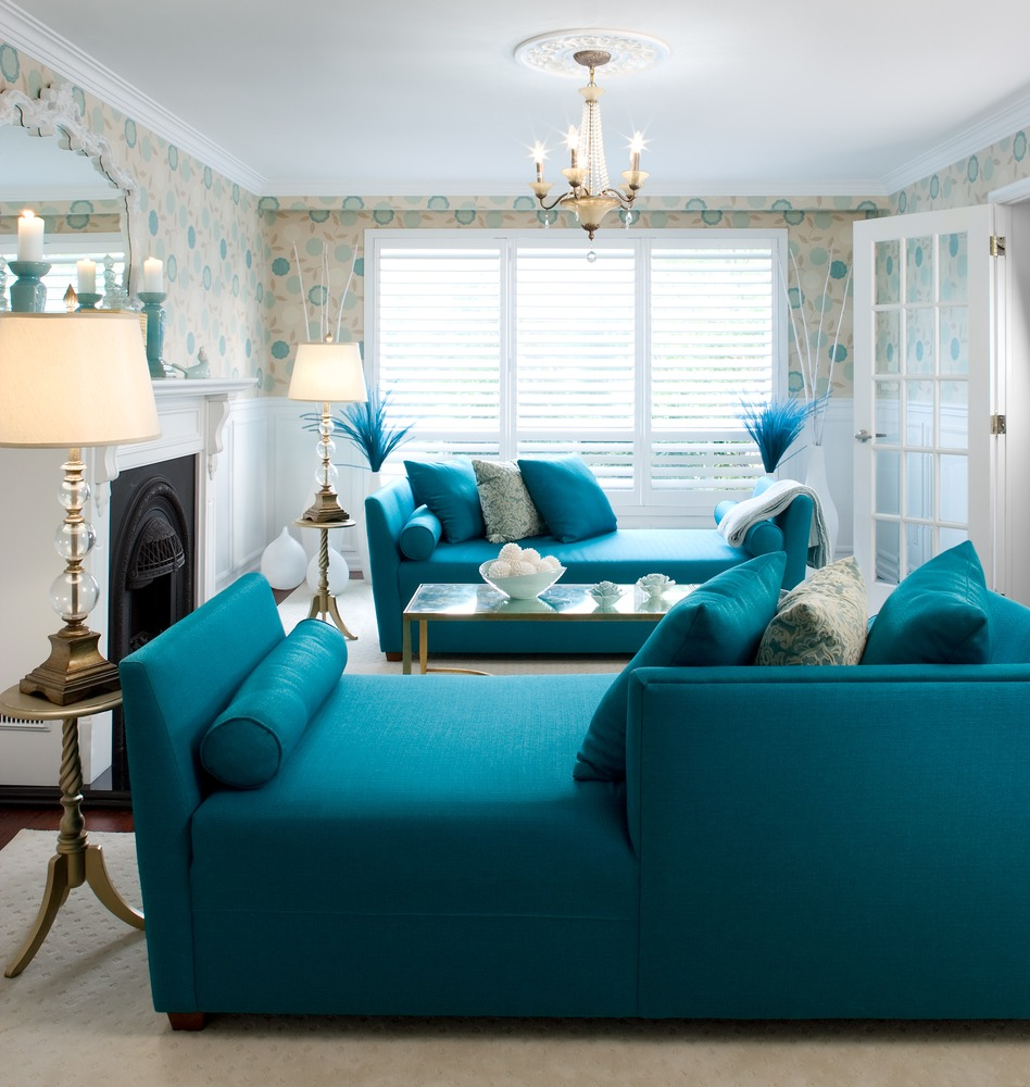 Great small living room designs by colin justin decoholic for Teal blue living room ideas
