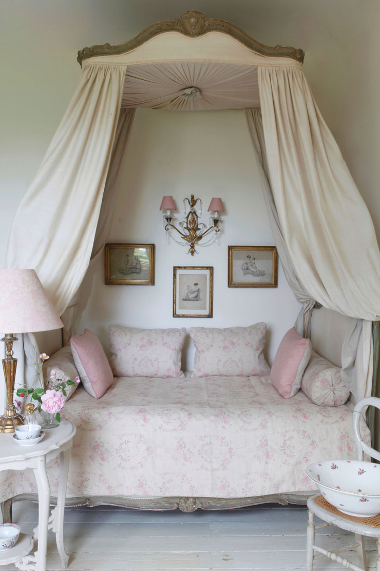 title | Shabby Chic Bedroom Ideas