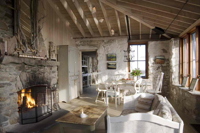 cottage liviing room Knickerbocker Group