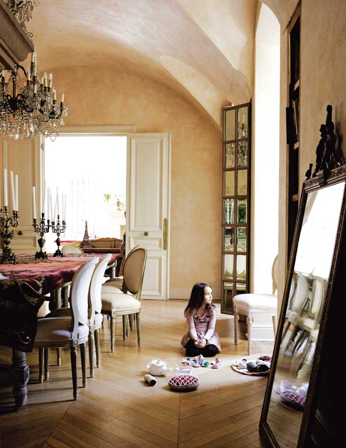 Sophisticated french style house decorating decoholic - French house interior design ...