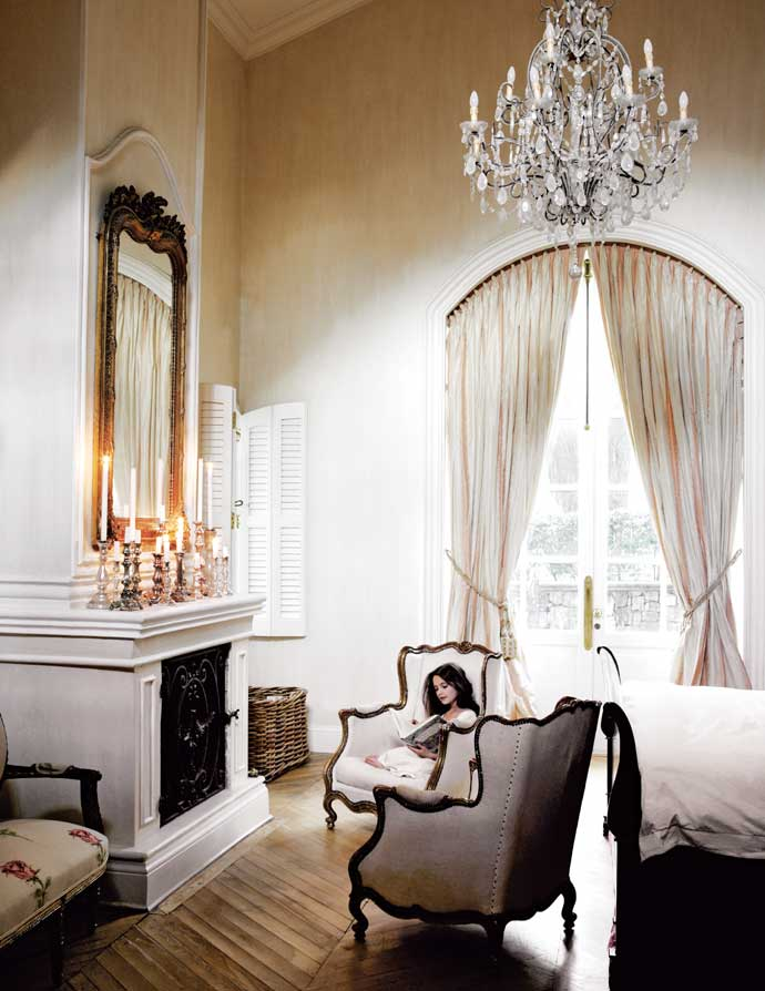 Sophisticated French Style House Decorating - Decoholic